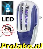 deze muggenstekker is de ideale oplossing voor vervelende muggen en vruitvliegen in je kamer voorzien van uv ledverlichting en 1000 volt roosterspanning